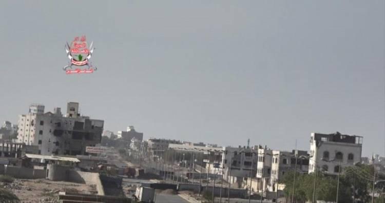 خروقات الحوثي مستمرة بقصفه اليوم مواقع لألوية العمالقة في الحديدة (تفاصيل)