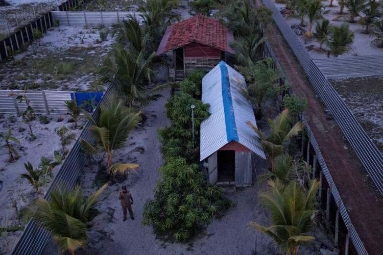 الشرطة السيريلانكية تداهم معسكرا للمتطرفين.. وتلقي القبض على متورطين بتفجيرات سيريلانكا