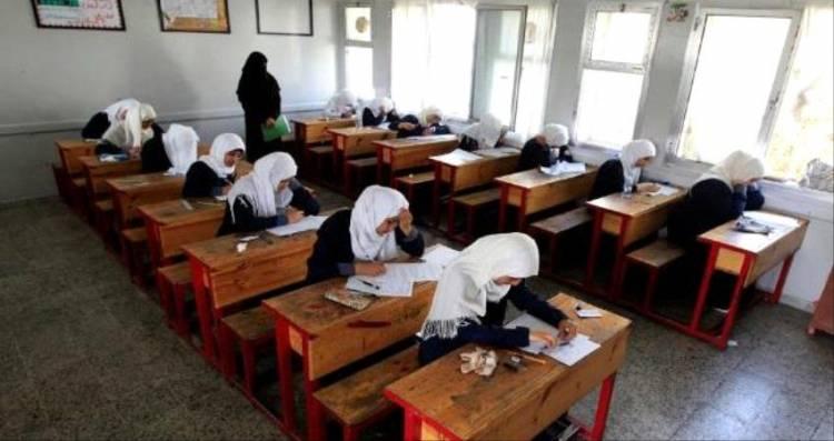 عدن: الشاجري يشدد على منع الغش خلال امتحانات الثانوية في خورمكسر