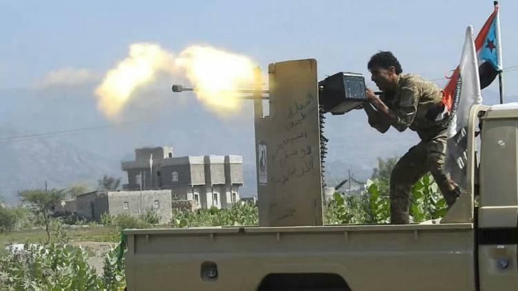 مراسل الغد المشرق من تخوم محافظة إب يروي حقيقة  انتصار القوات الجنوبية وانكسار مليشيات الحوثي