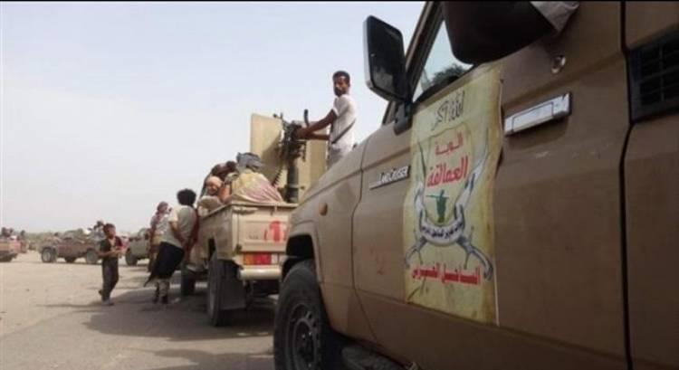 الوية العمالقة تحبط محاولة تهلريب اموال للحوثيين بالساحل الغربي