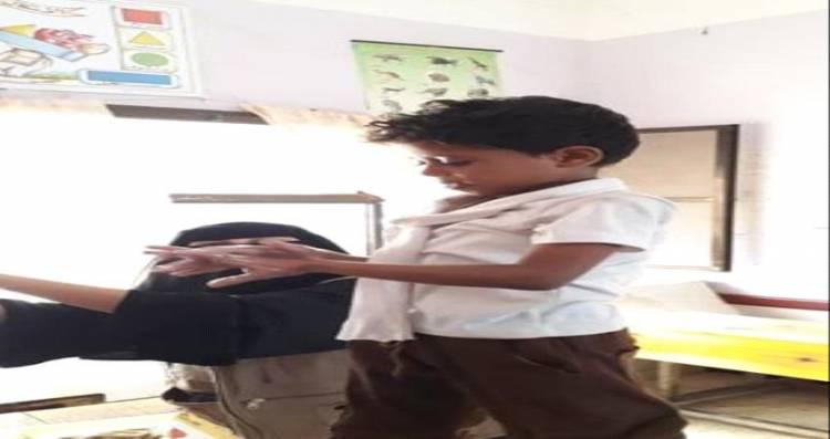 عدن.. فريق صحي يوعي طلاب مدرسة 30 نوفمبر بأهمية النظافة