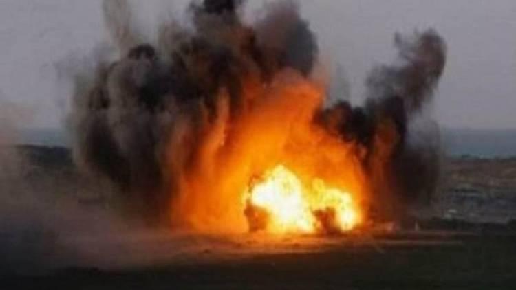 انفجار عبوة ناسفة زرعها الحوثيون بالخط الترابي بين التحيتا والخوخة