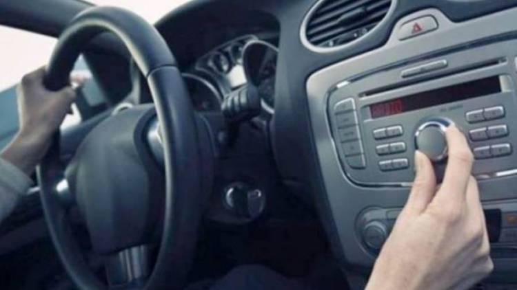 دراسة: الاستماع للموسيقى أثناء القيادة يفيد القلب