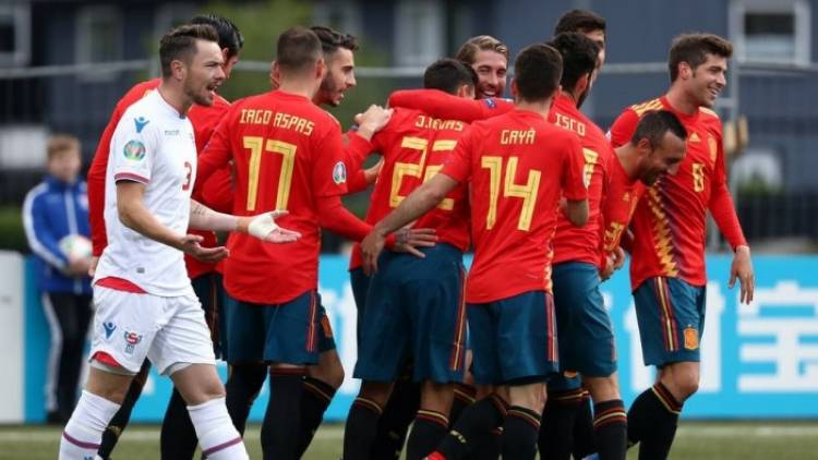 المنتخب الإسباني يواجه هولندا وديًا استعدادًا ليورو 2020