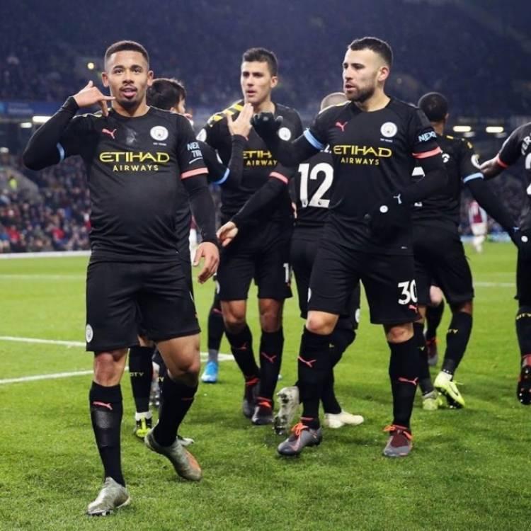 تشكيل مانشستر سيتي أمام مانشستر يونايتد