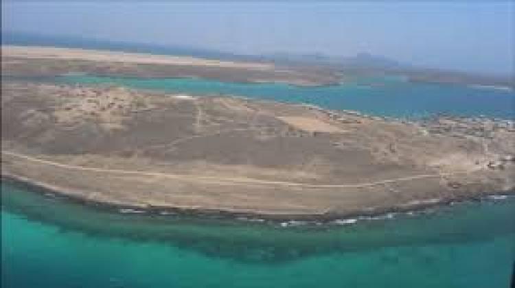 لفته كريمة.. الانتقالي في جزيرة ميون يقدم المعونات الاغاثية لأهالي الجزيرة