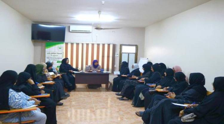 مستشارة رئيس المجلس الانتقالي لشؤون المرأة تلتقي بنخبة من القياديات النسوية