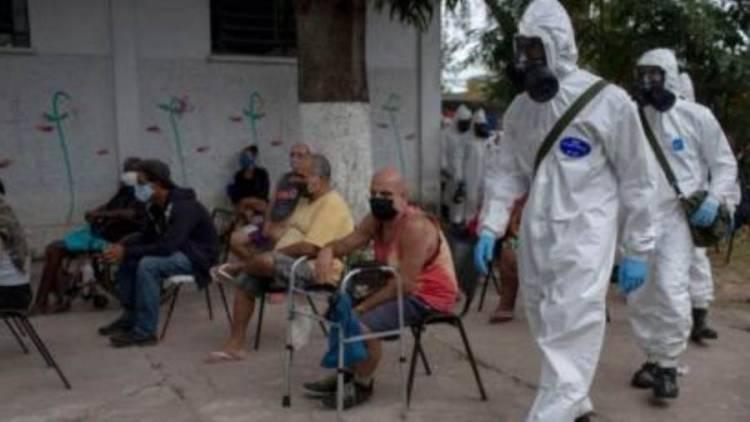"""وفيات قياسية بكورونا في البرازيل.. والرئيس """"لن يتراجع"""""""
