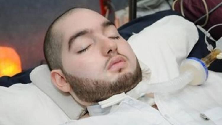 """بعد غيبوبة استمرت 15 عاما.. فيديو لـ""""الأمير النائم"""" يثير ضجة! (فيديو)"""
