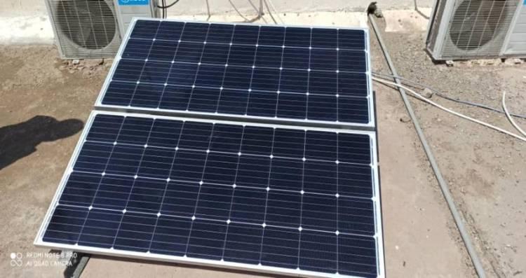 منظمة دولية ترفد القطاع الكهربائي بمنظومة الطاقة الشمسية في لحج
