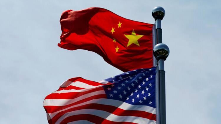 الصين تفرض عقوبات على 4 مسؤولين أمريكيين