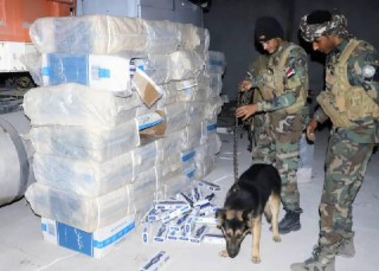 ضبط مستودعات مخزنة فيها مواد مهربة غرب العاصمة عدن