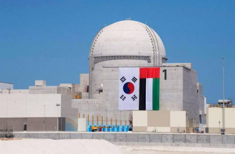 الإمارات تعلن بدء التشغيل التجاري لأولى محطات براكة النووية