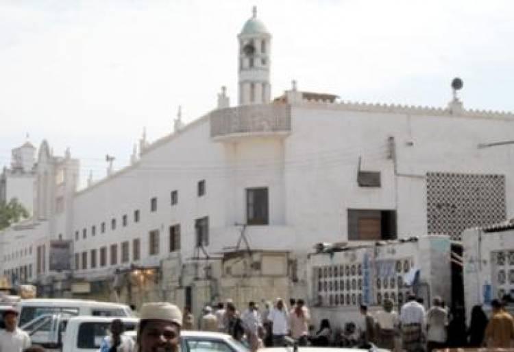 مسجد النور في الشيخ عثمان بين الاهمال والاستغلال!