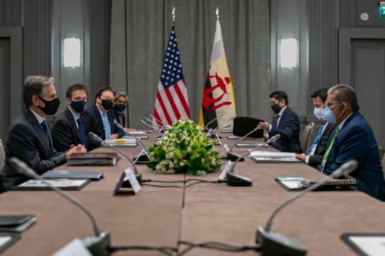 وزيرا خارجية أمريكا وبروناي يبحثان الأزمة في بورما