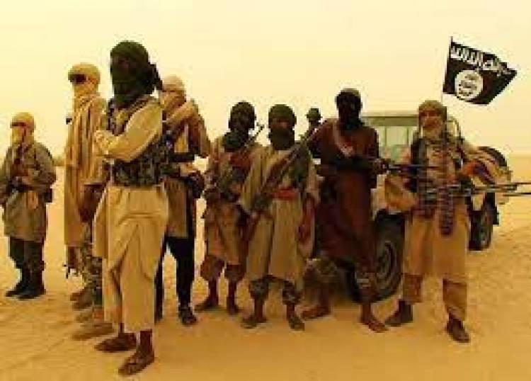 تنظيم القاعدة الارهابي يعلن سيطرته على جبهة استراتيجية وسط اليمن