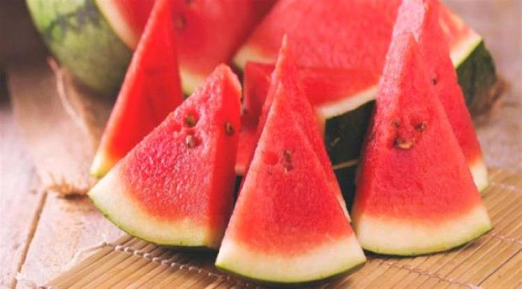 فوائد عديدة تدفعك لتناول البطيخ
